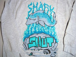 shut_shark_zip_hood4
